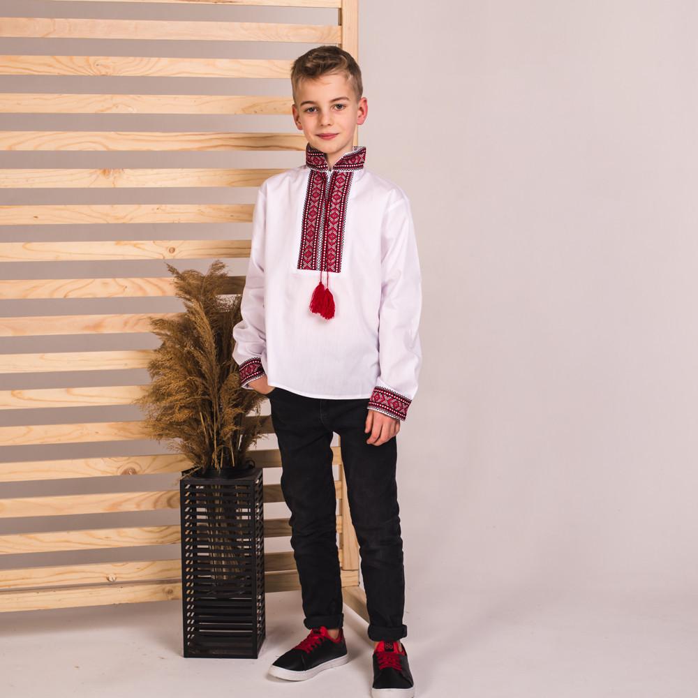 Вышиванка на мальчика Иван с красной нашивкой