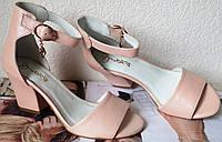 Nona! Летние женские туфли босоножки большого размера на удобном каблуке 7 см кожа пудра перламутр, фото 1