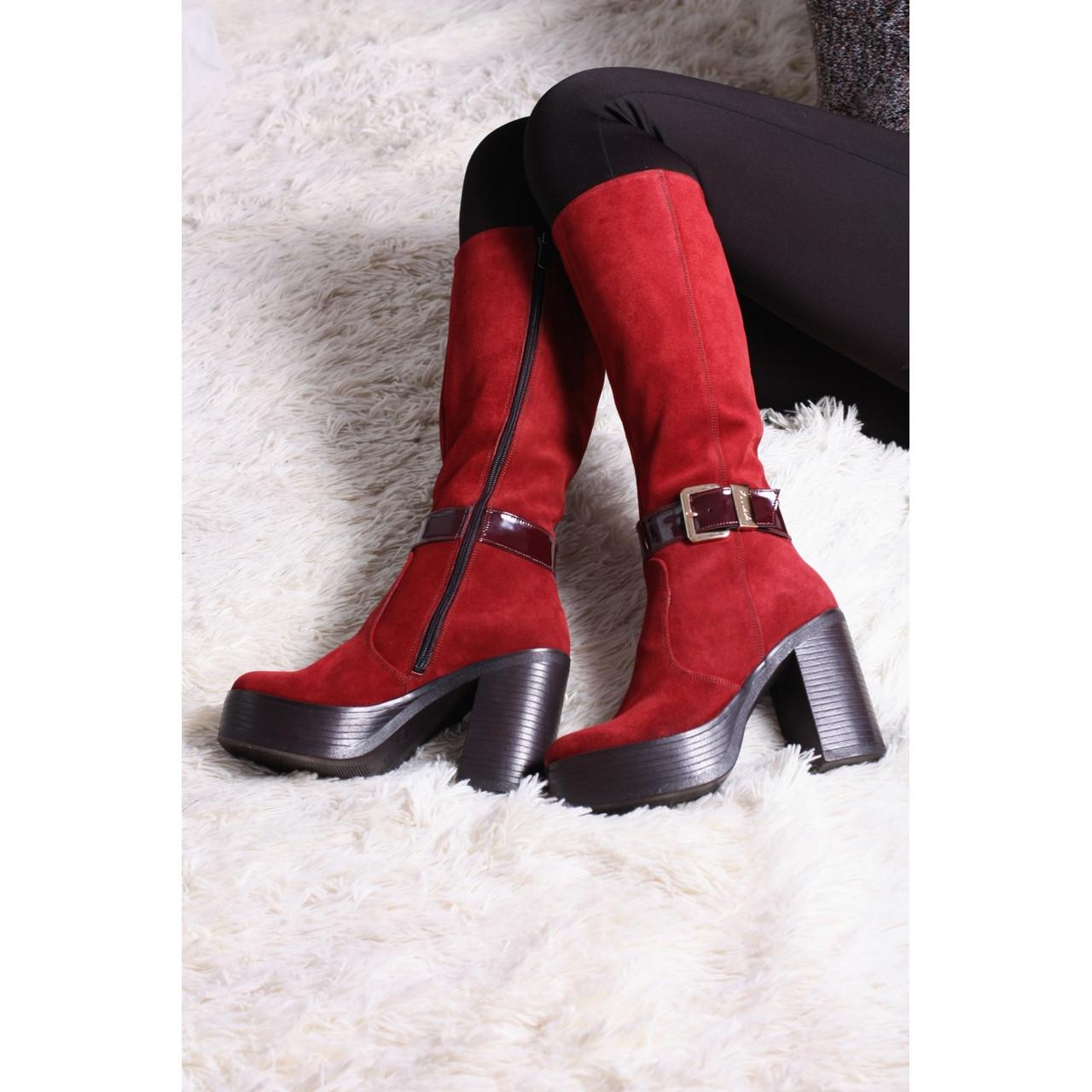Замшеві жіночі чоботи на підборах, демісезонні бордові чоботи