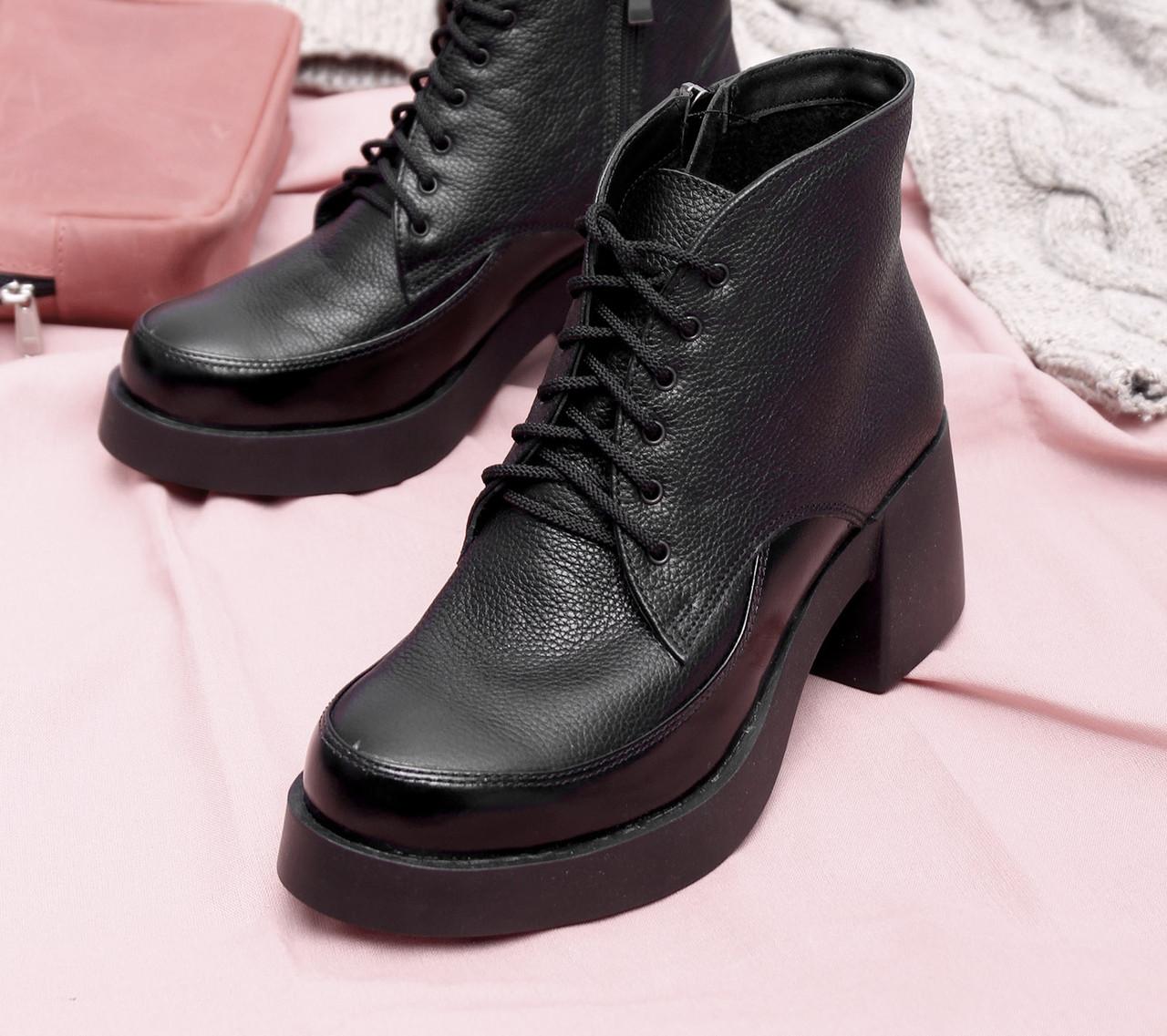 женские кожаные ботинки на массивном каблу 40,41