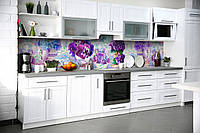 Кухонный фартук Фиалки (виниловая пленка наклейка скинали ПВХ) фиолетовые Цветы букеты 600*2500 мм