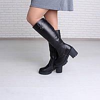 Кожаные женские сапоги на широком каблуке