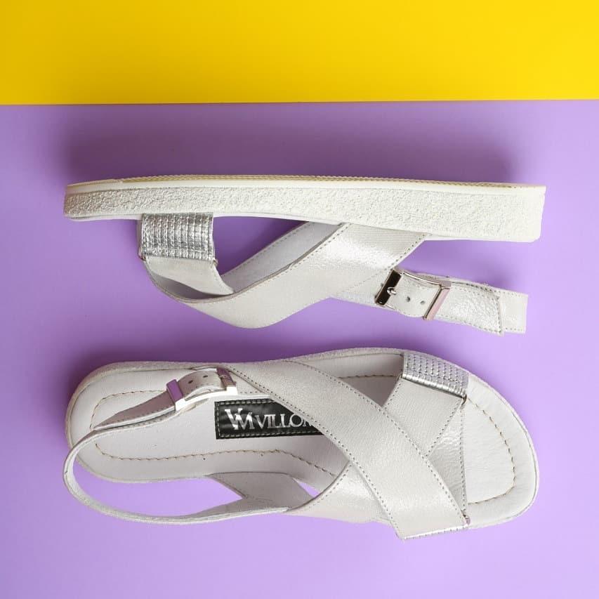 Серебристые женские сандалии 36 , 39,41