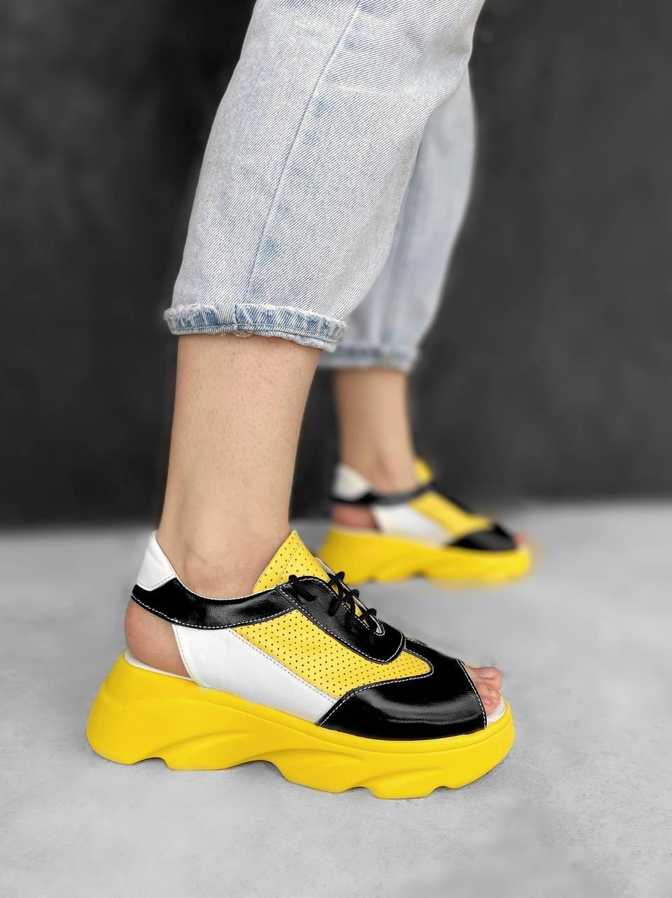 Босоножки кроссовки на шнуровке с открытым носком, кожаные босоножки желтые