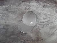 Серая кепка Adidas