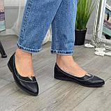 Женские кожаные туфли с заостренным носком, декорированы фурнитурой., фото 3