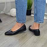 Женские кожаные туфли с заостренным носком, декорированы фурнитурой., фото 4
