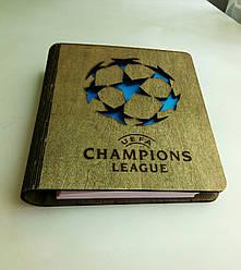 """Деревянный блокнот """"Лига Чемпионов"""" (на цельной обложке с ручкой), ежедневник из дерева"""