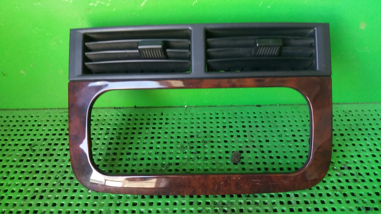 Решітка вентиляційна 55116037 для Jeep Grand Cherokee WJ