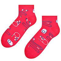 Малиновые короткие мужские носки с наушниками Steven 025