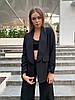 Женский брючный костюм с кюлотами и удлиненным пиджаком под пояс 17mko1020