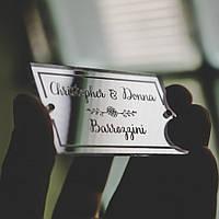 Рассадочные карточки на свадьбу из зеркального акрила, ореха или фанеры с именами гостей. Лазерная гравировка.