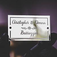 Рассадочные карточки на свадьбу из зеркального акрила, ореха или фанеры с именами гостей. Лазерная гравировка. зеркальный акрил