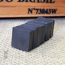 Магнит ферритовый, квадратный, 15х15х3 мм