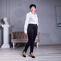 Классические брюки с карманами черные