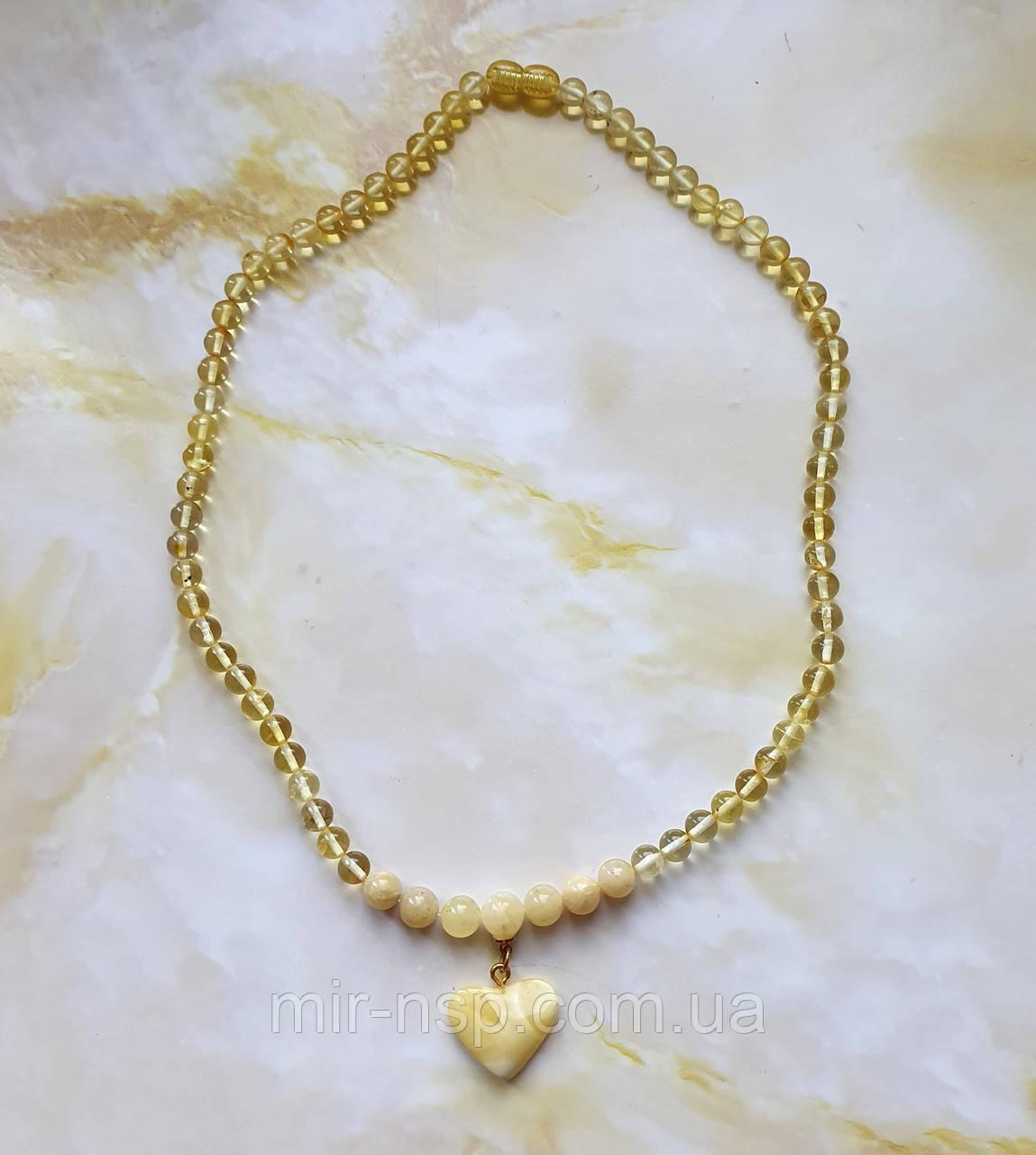 Ожерелье бусы с кулоном Сердечко 100% натуральный янтарь (не пресс, не плавка) шар 6-9 мм вес 12г