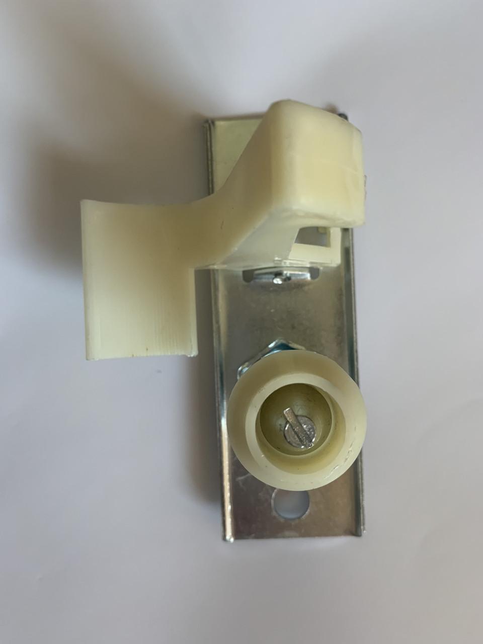 Защелка замка капота (крючок) FT94097