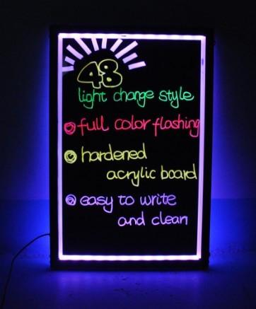 Светодиодная светящаяся вывеска / Led доска для рекламы 60х80