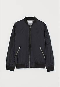 Куртка-бомбер для мальчика черная H&M р.134см (8-9лет)