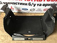 Карта обшивка багажного отделения правая левая пластик задней панелі  range rover evoque 2.2 d 2011-17