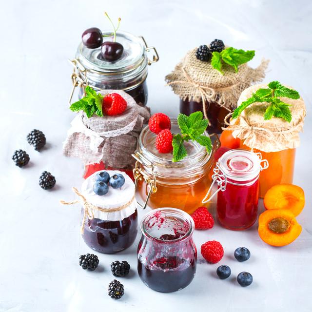 Консервированные фрукты, овощи, пюре