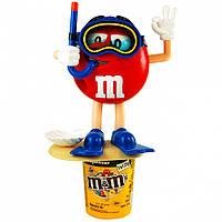 Диспенсер M&M's Красный водолаз