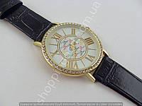 Часы Calvin Klein 013467 женские золотистые на белом циферблате