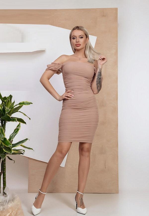 Шикарное силуэтное короткое платье 6202 (42–48р) в расцветках