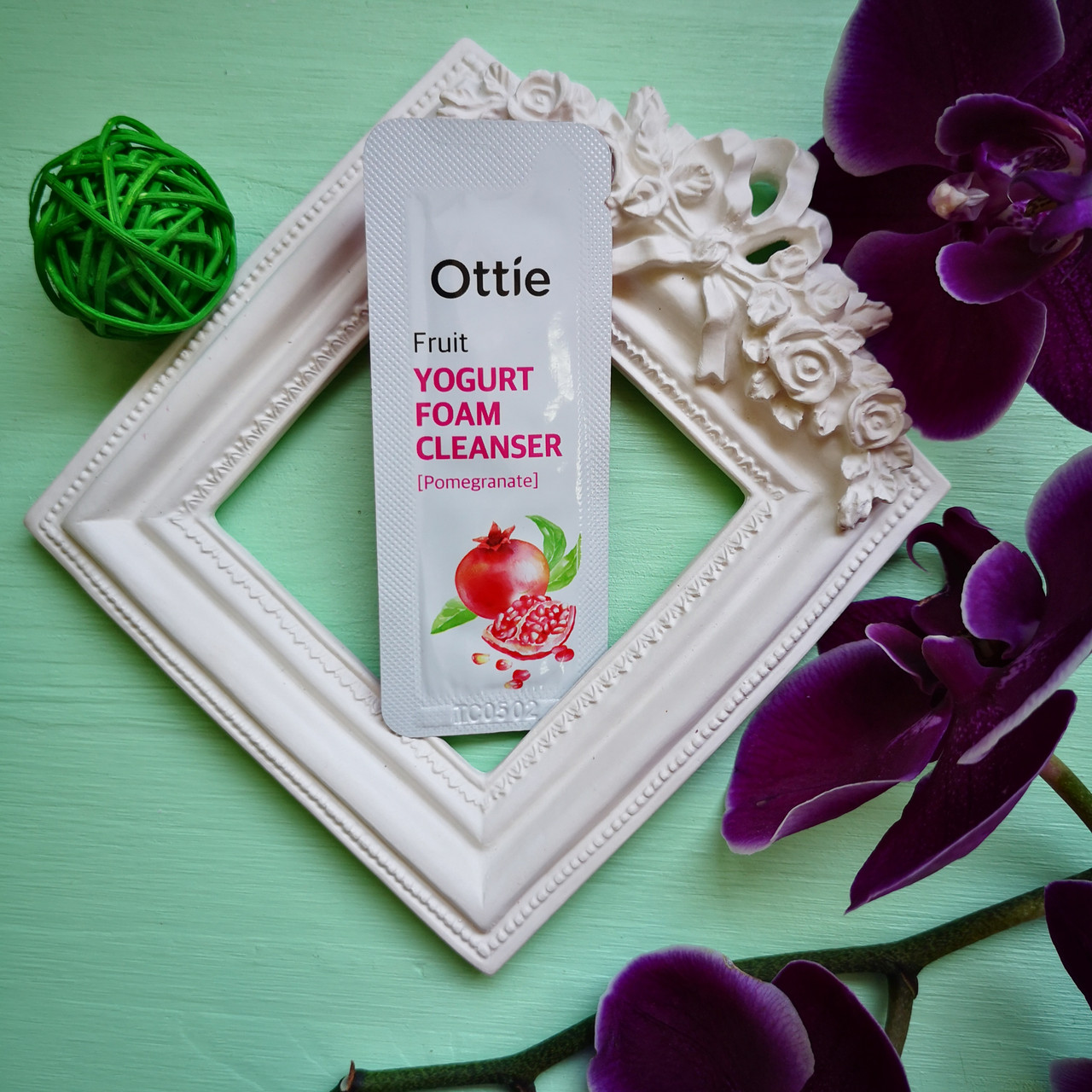 Ottie Пробник Йогуртовая пенка для умывания с экстрактом граната Fruits Yogurt Foam Cleanser Pomegranate