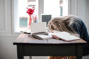 Тревожные причины усталости: когда нельзя игнорировать симптом