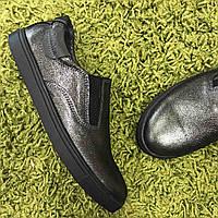 Кожаные туфли-слипоны для девочки Dexfern  36 размер