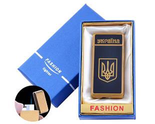С украинской символикой