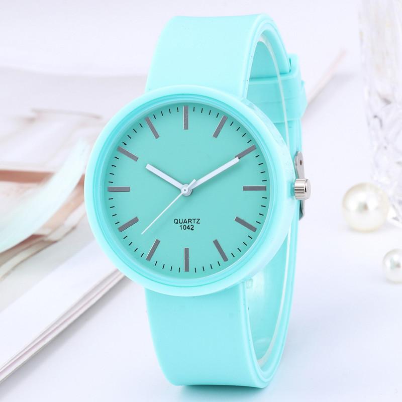 Женские часы c зеленым силиконовым ремешком код 614