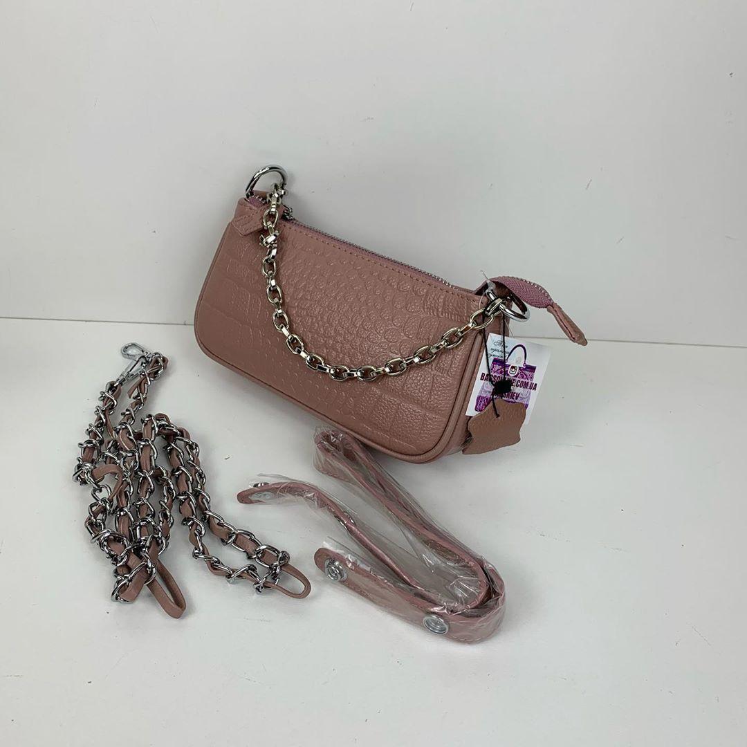 Узкая сумка багет фактура под крокодила / фурнитура серебро / натуральная кожа (252) Розовый