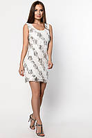 Короткое белое коктейльное платье с паетками