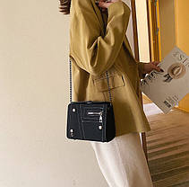 Стильная замшевая сумка сундучок на цепочке, фото 2