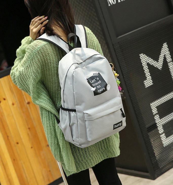 Стильные тканевые рюкзаки для школы с надписью