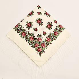 Хустка вовняна молочна з квіточками т80/153