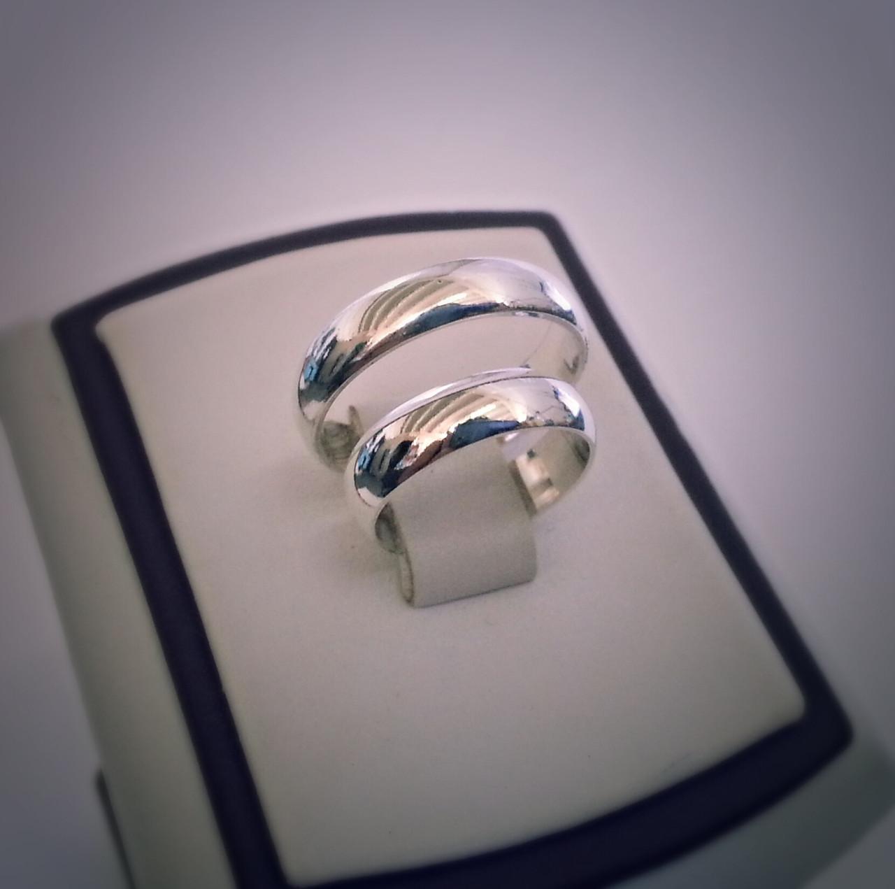 20093a8217e0 Серебряные классические обручальные кольца - Магазин Ювелирных изделий