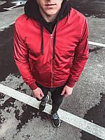 Ветровка мужская красного цвета