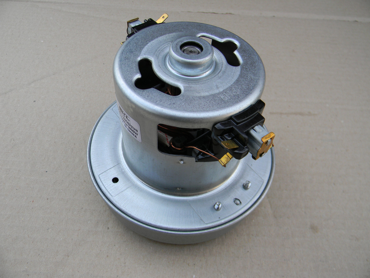Мотор для пылесоса 1800 W d-130 mm.H-118 mm. - Юрий Холод в Кременчуге