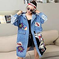 Жіноча джинсова куртка Simplee Lola Bunny з патчами і капюшоном блакитна One Size