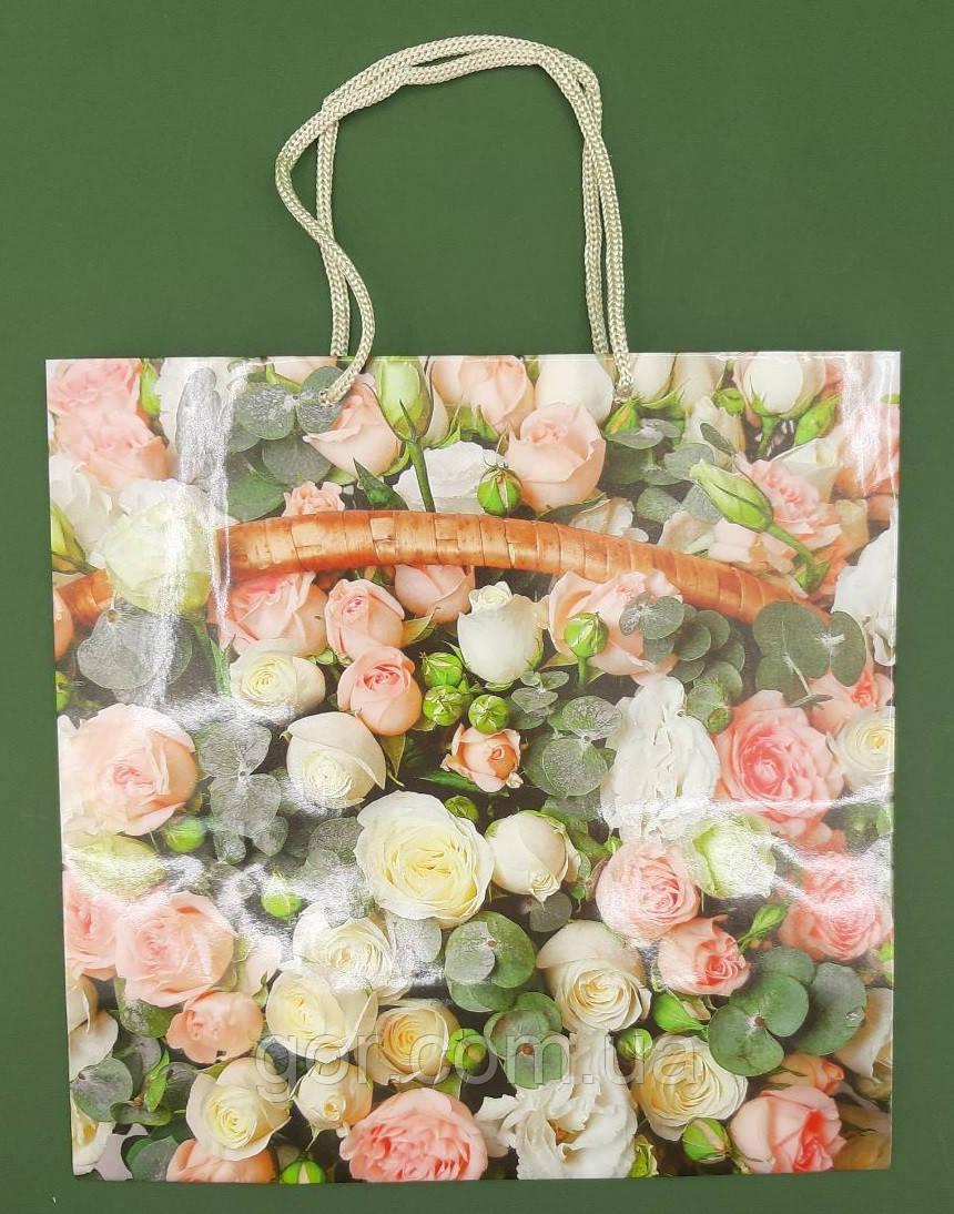 Пакет бумажный подарочный квадратный ы 23*24*10(артKV-076) (12 шт)
