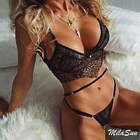 Кружевное эротическое белье черного цвета со стрейчевыми лентами