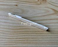 Нижній поріжок для акустичної гітари