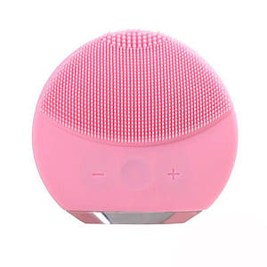 Силіконова акумуляторна щітка масажер для чищення особи FOREVER LINA mini Рожева (заряд від USB)