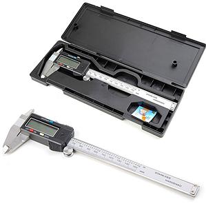 Електронний металевий штангенциркуль Digital до 150 мм (15см) в міцному чохлі з дисплеєм