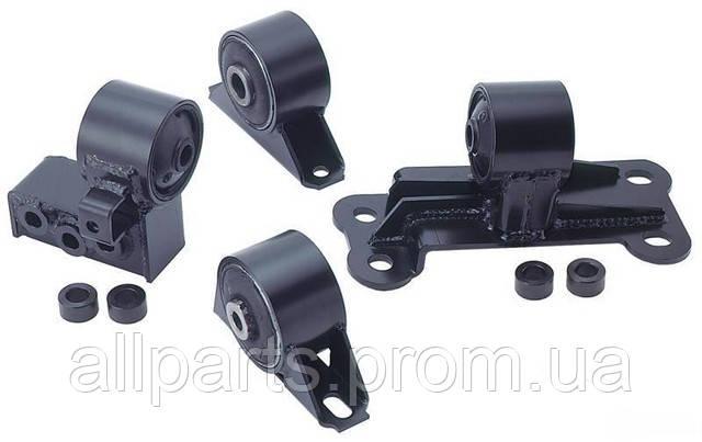 Замена подушки (опоры) двигателя на Mazda, Toyota, Hyundai, Honda, Kia, BMW, Mercedes
