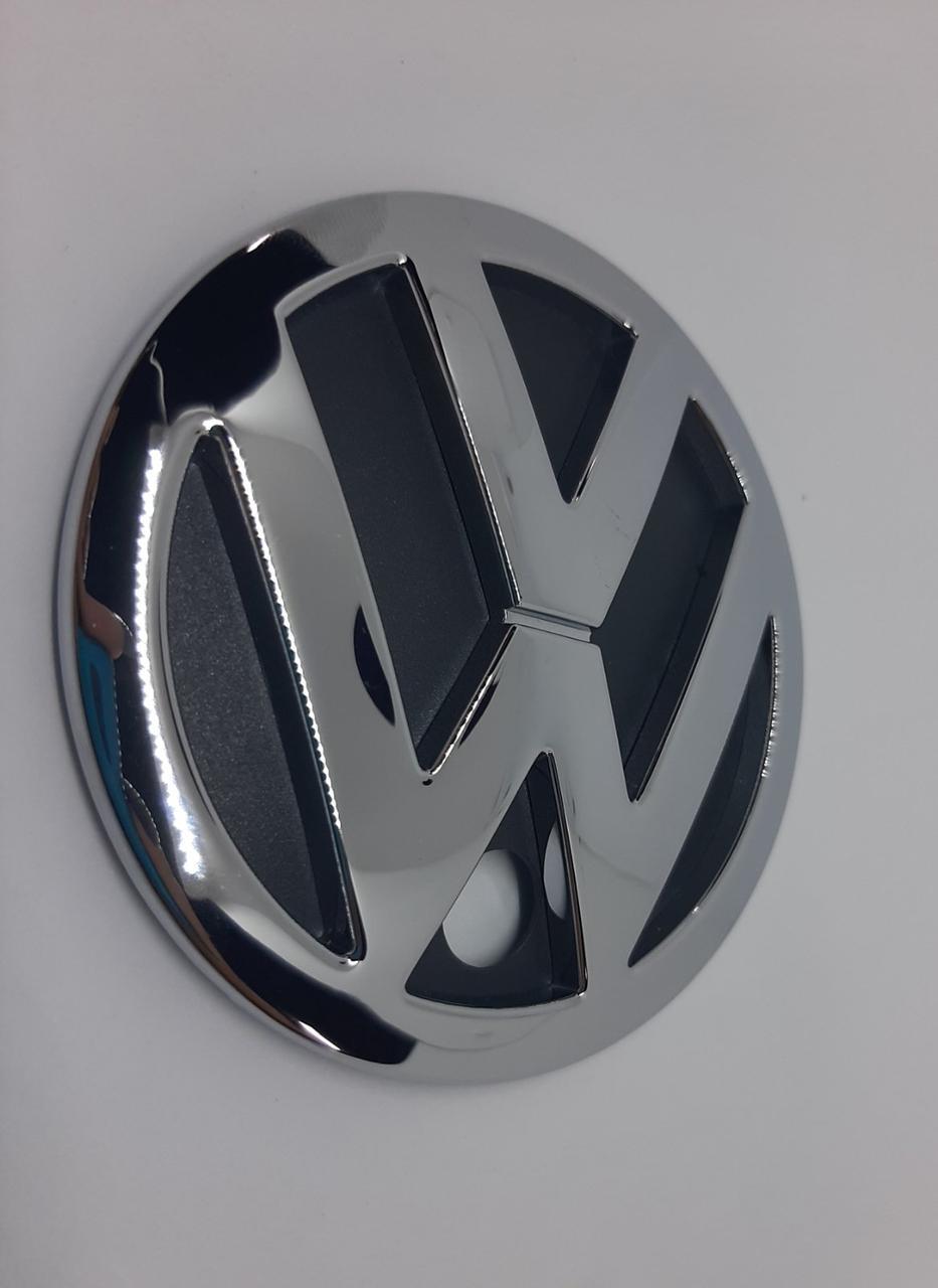 Эмблема VW на крышку багажника 90мм с отверстием под камеру для Jetta ОРИГИНАЛ (новый)