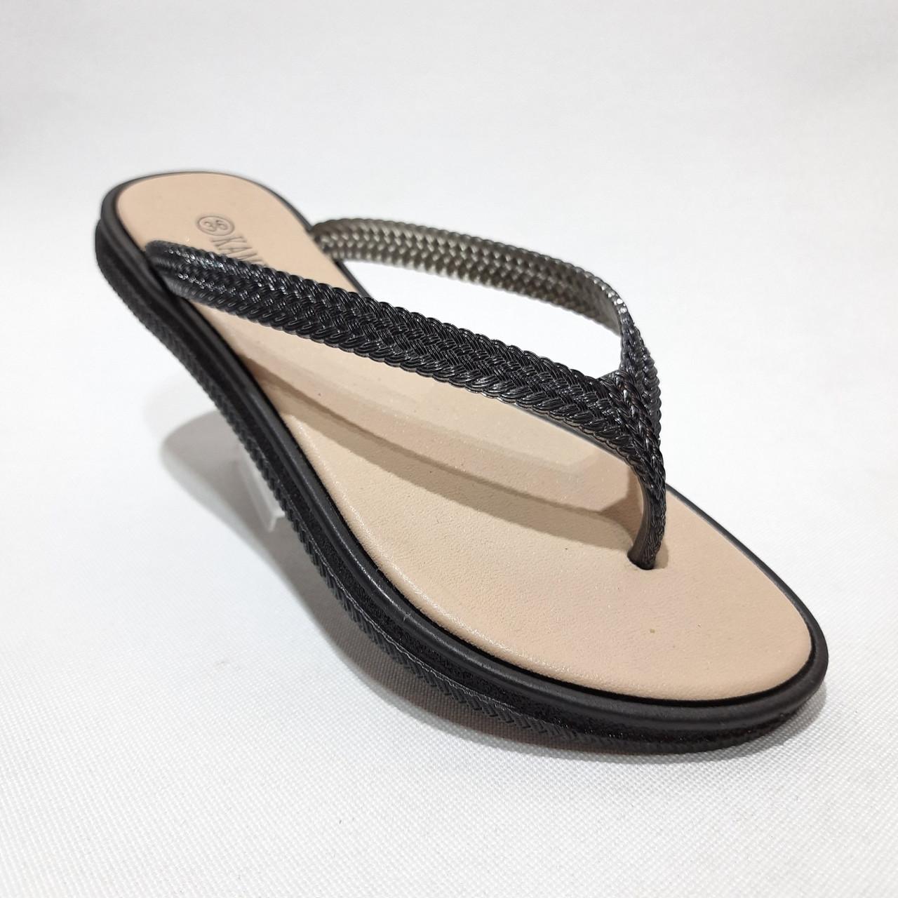 36 р. Шлепанцы женские пляжные, черные летние Последняя пара